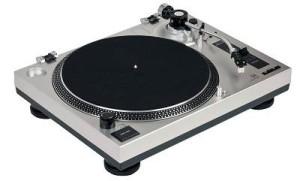 Dual DTJ 301.1 Plattenspieler silber