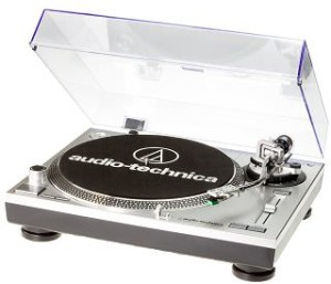 Audio Technica AT-LP120 USB-Plattenspieler silber